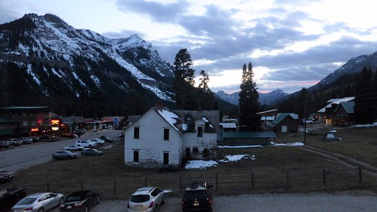 Super 8 by Wyndham Cooke City Yellowstone Park Area: Top floor room view