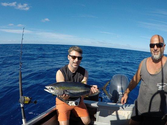 Black Pearl Charters: Geschafft... Dank Fisch-Fachmann Mike haben auch bei uns Thunfische angebissen.