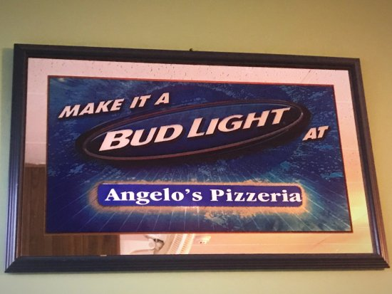 Florissant, MO: Angelo's Pizza