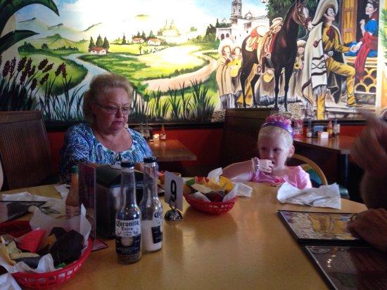 Brooksville, FL: Enchiladas Mexican restaurant