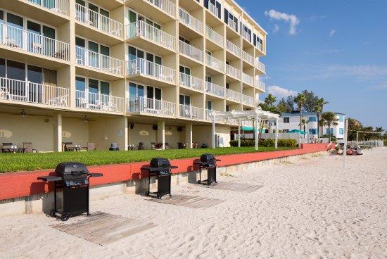 Island Inn Beach Resort Hotel