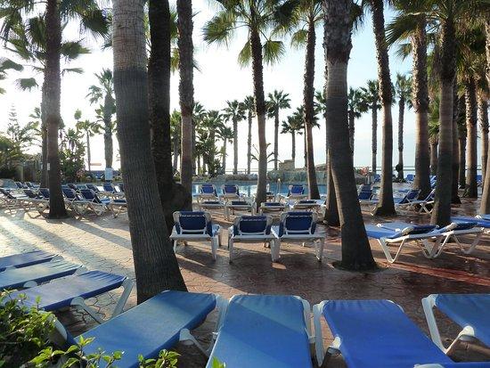 Marbella Playa Hotel: Poolområdet på Marbella Playa i Marbella