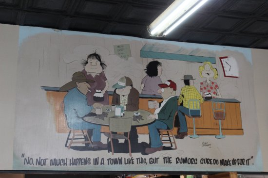 Walker's Cafe: Mural on the back wall