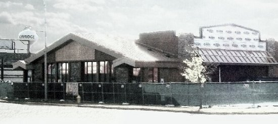 Harwood Heights, IL: down and out for the count. closed, make-over in progress. getting ready for culver's
