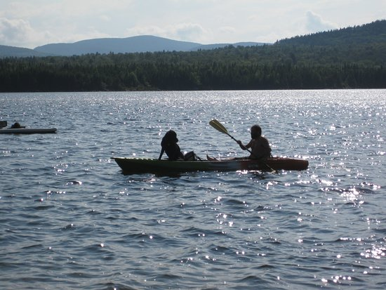 Quimby Country Lodge & Cottages : Kayak fun