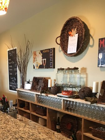 Faber, VA: Inside the tasting room
