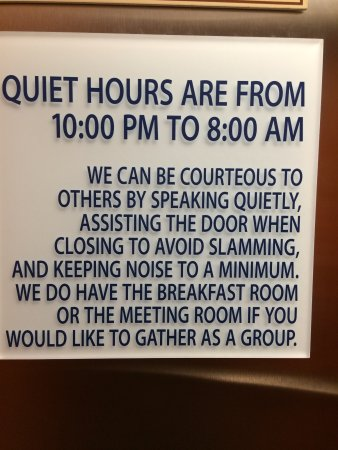 Holiday Inn Express Munising -  Lakeview: All hotels should post signs like this! This was posted in the elevator.
