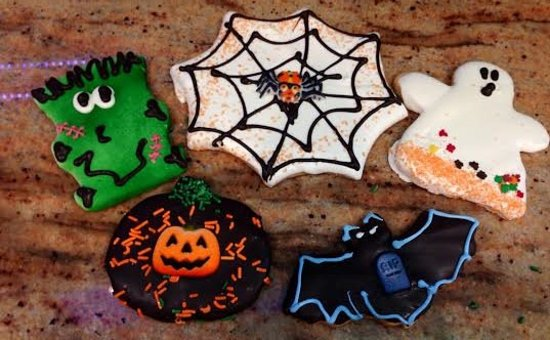 Smithtown, NY: Halloween Cookies