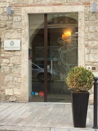 Hotel Palazzo dei Mercanti: photo2.jpg