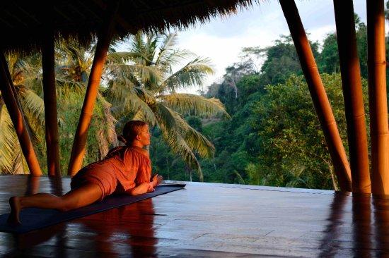 Amori Villas: Private yoga lesson with a view
