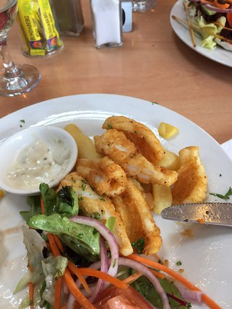 Hamilton, Australia: Lunch time Calamari.......