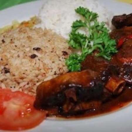 Capitol Heights, MD: Oxtail stew and rice & peas