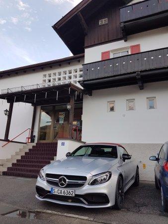 Sport-Hostel: El parking es gratuito