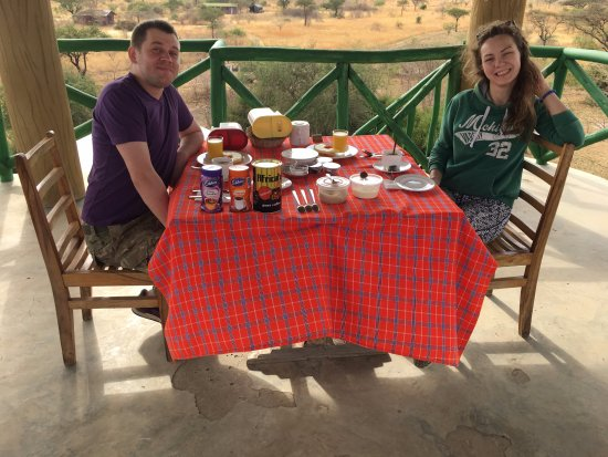 Robanda Safari Camp: Завтракаем на вышке