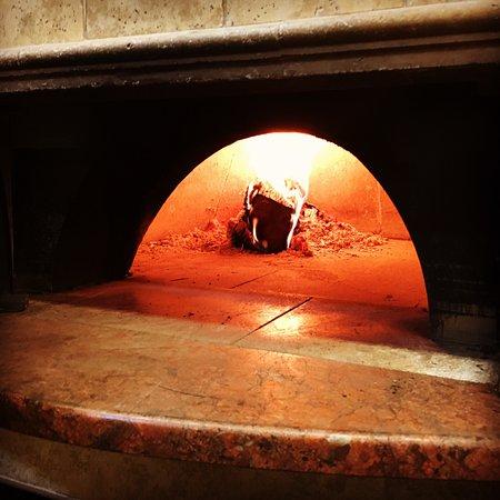 Schererville, IN: Brick oven