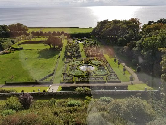 Invergordon, UK: Grounds of Dunrobin Castle