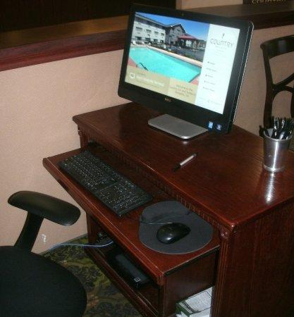 Country Inn & Suites by Radisson, Abingdon, VA: PC with printer