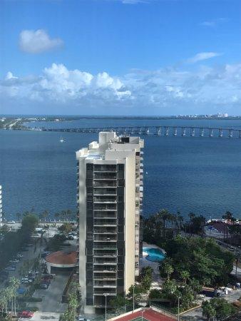 Four Seasons Hotel Miami: Bay View Room
