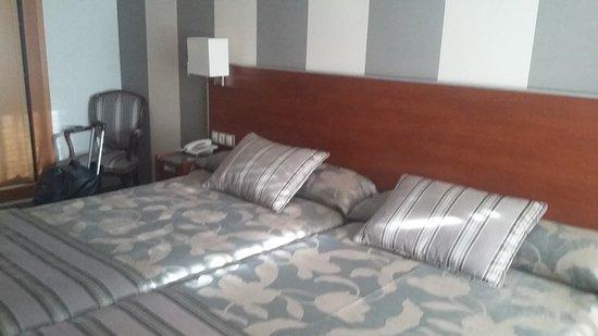 Hotel Marivella: 20171011_175412_large.jpg