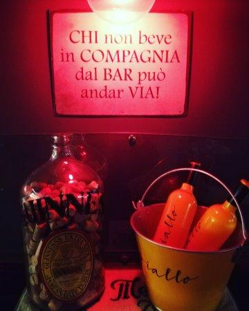 Varcaturo, Italie : IMG_20171012_001518_001_large.jpg