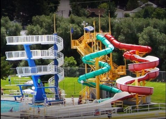 Lava Hot Springs, ID: Water Slides at the Olympic sized swimming pool located across the river from KOA City Center.