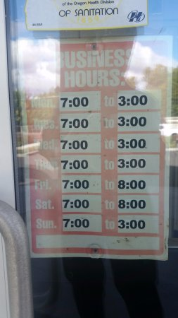 Debby's Diner: Hours