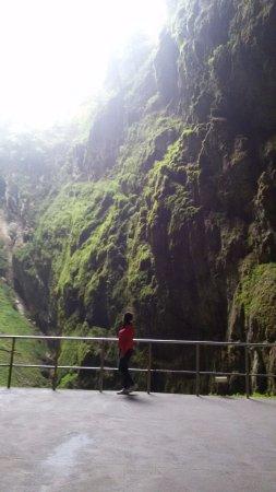 Бланско, Чехия: внутри пещеры, есть выход и такая красота