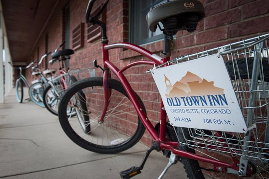 Old Town Inn: Our townie bike fleet for guest use