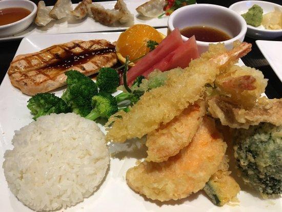 San Leandro, Καλιφόρνια: Zeng Sushi Delight