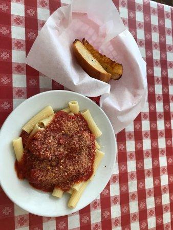 Port Hueneme, Californien: Angelo's Italian Restaurant