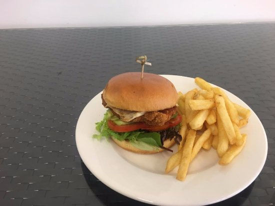 Dapto, Australia: Cripsy Chicken Burger