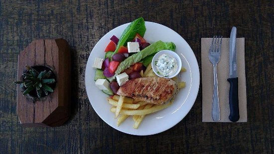 Dapto, Australia: Chicken Breast with Tzatziki