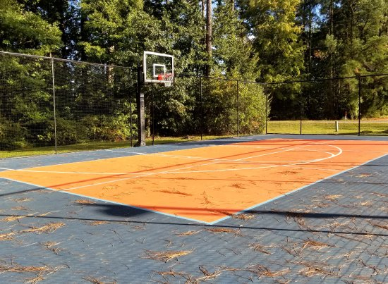 Ashland, VA: Half-court basketball area