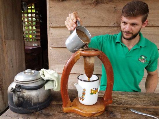 Naranjo, Costa Rica: Jose brewing