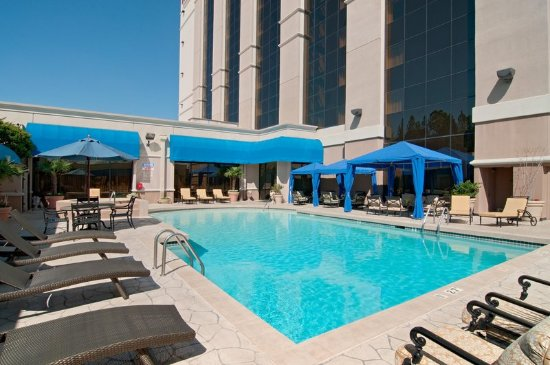 Hilton jackson updated 2018 prices hotel reviews ms for Pool design jackson ms