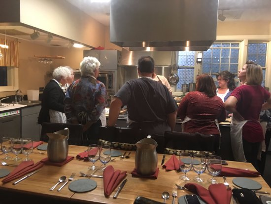The Essex, Vermont's Culinary Resort & Spa: Cooking class in session