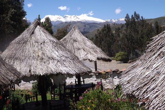 Carhuaz, Perú: vista del Huascarán desde la Cabaña