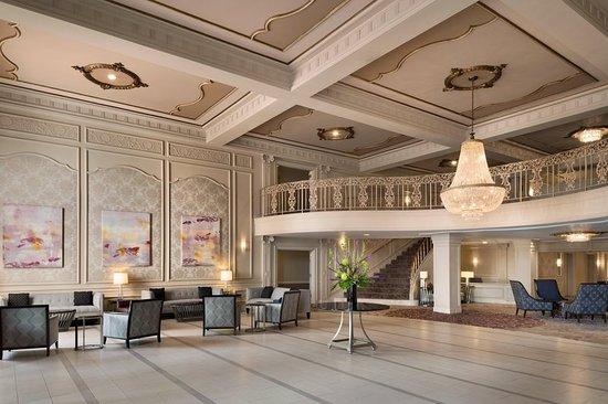 Hilton St. Louis Frontenac: Lobby