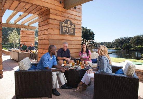 Ponte Vedra Beach, FL: Alice & Pete's Pub - Patio