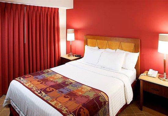 Westford, MA: Suite Sleeping Area