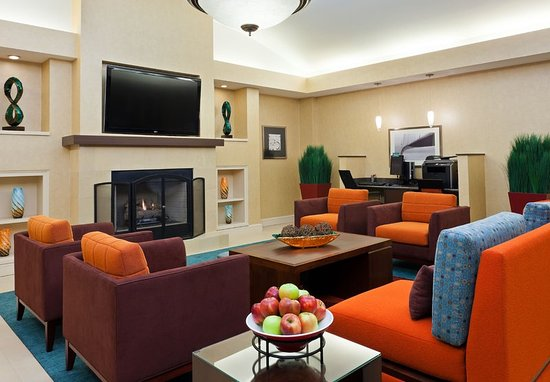 Carmel, IN: Lobby