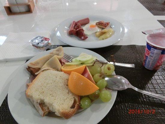 Arbanija, Croatia: ブドウが美味しい
