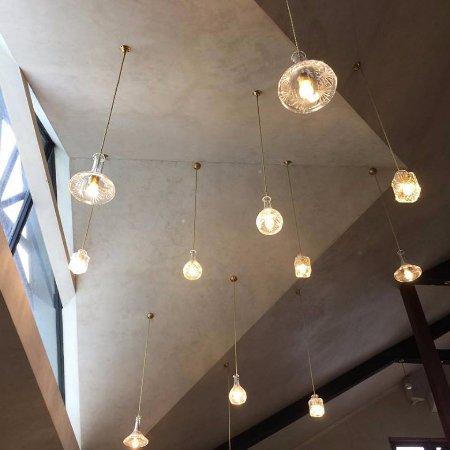 Caversham, Australia: Stunning restaurant ceiling