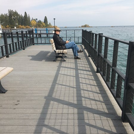 Tahoe Vista, Kalifornia: sittin on the dock of the bay