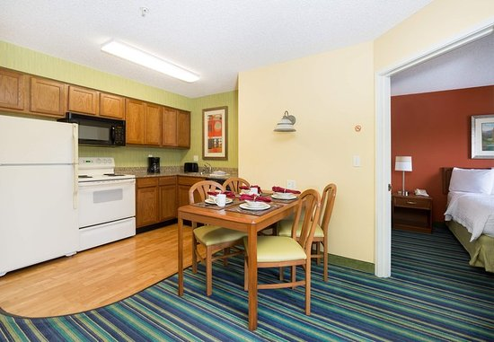 ‪‪Spokane Valley‬, واشنطن: Two-Bedroom Suite - Kitchen‬