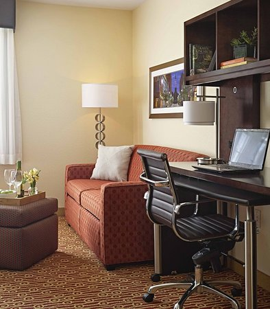 Williston, VT: Suite Living Area