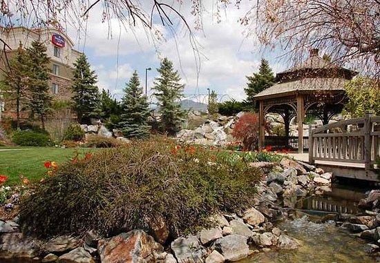 Lehi, UT: Hidden Garden