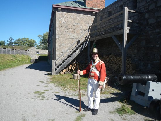 Fort Erie, Canada: Reed, outside the back of the Fort
