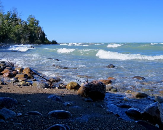 Port Elgin, Canada: MacGregor Point shoreline