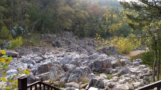 Middle Brook, MO: Shut-Ins rocks